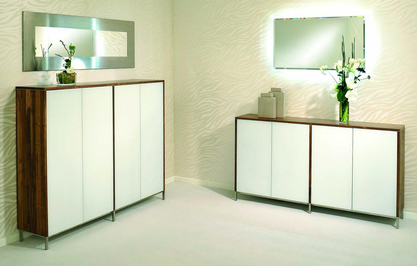 Sideboard nussbaum glas  moderne und sehr hochwertige Kommode aus Nussbaum massiv und ...