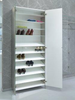 schuh und garderobenschrank wandmontage mit glasb den und spiegelt ren. Black Bedroom Furniture Sets. Home Design Ideas