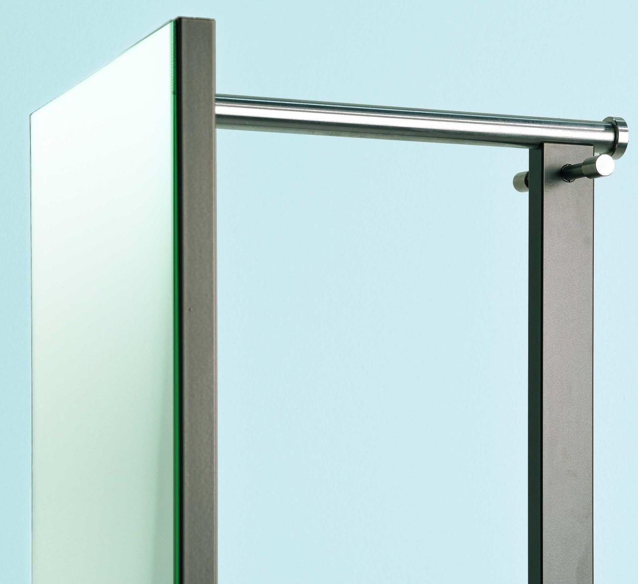 standgarderobe mit spiegel haloring. Black Bedroom Furniture Sets. Home Design Ideas