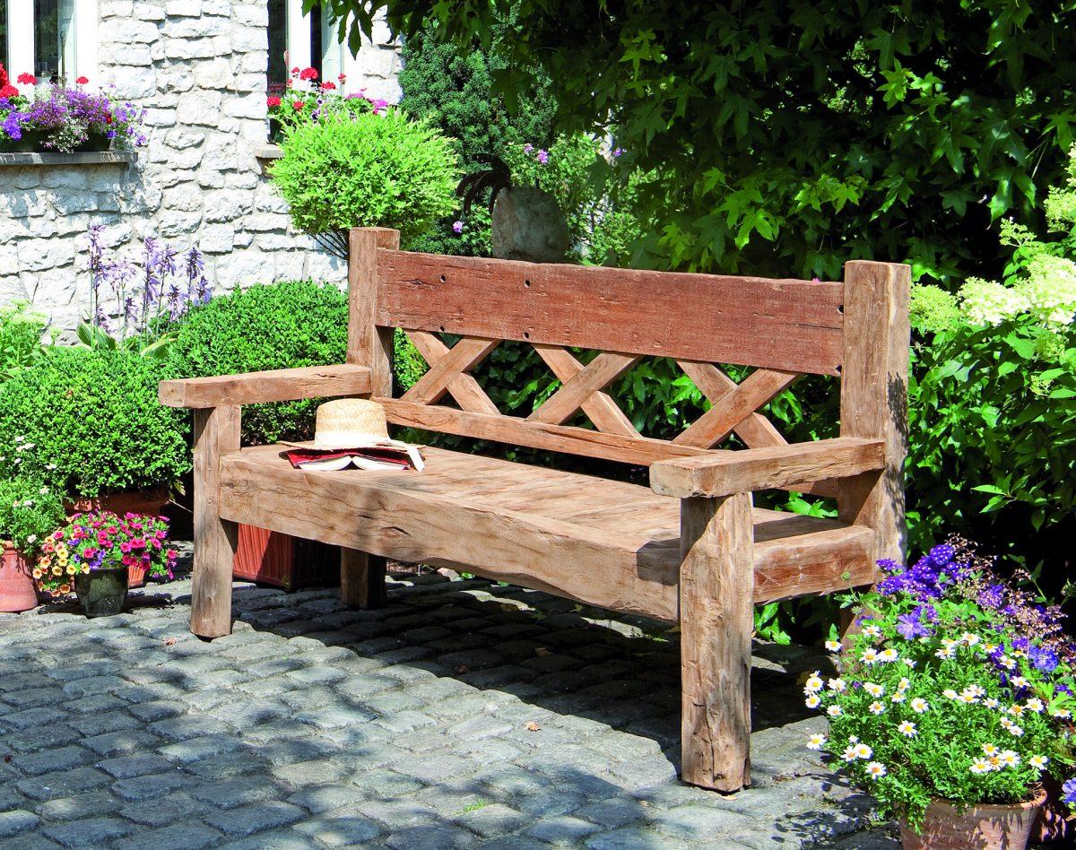 Gartenbank Aus Baumstamm ~ Wohndesign und Inneneinrichtung
