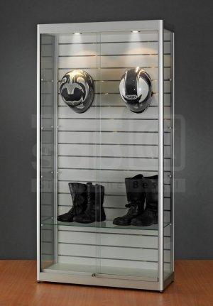standvitrine mit schiebet ren deckenbeleuchtung mit. Black Bedroom Furniture Sets. Home Design Ideas