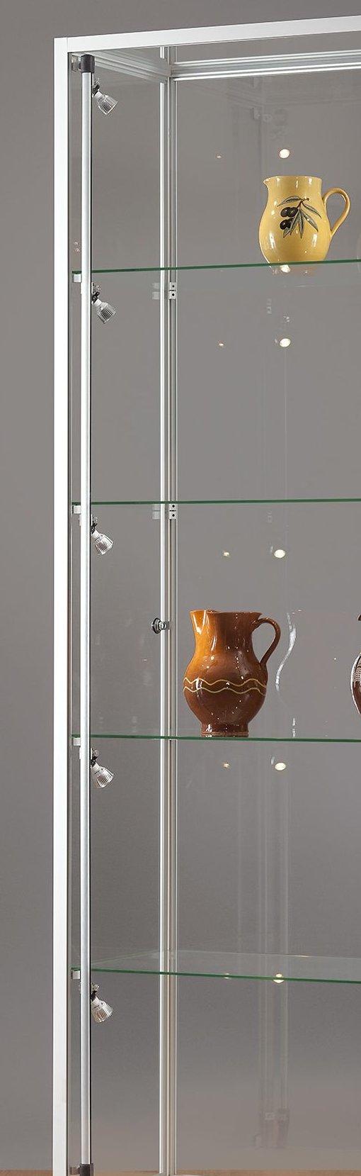 detailabb vitrinen mit halogen beleuchtung und vitrine mit led beleuchtung. Black Bedroom Furniture Sets. Home Design Ideas