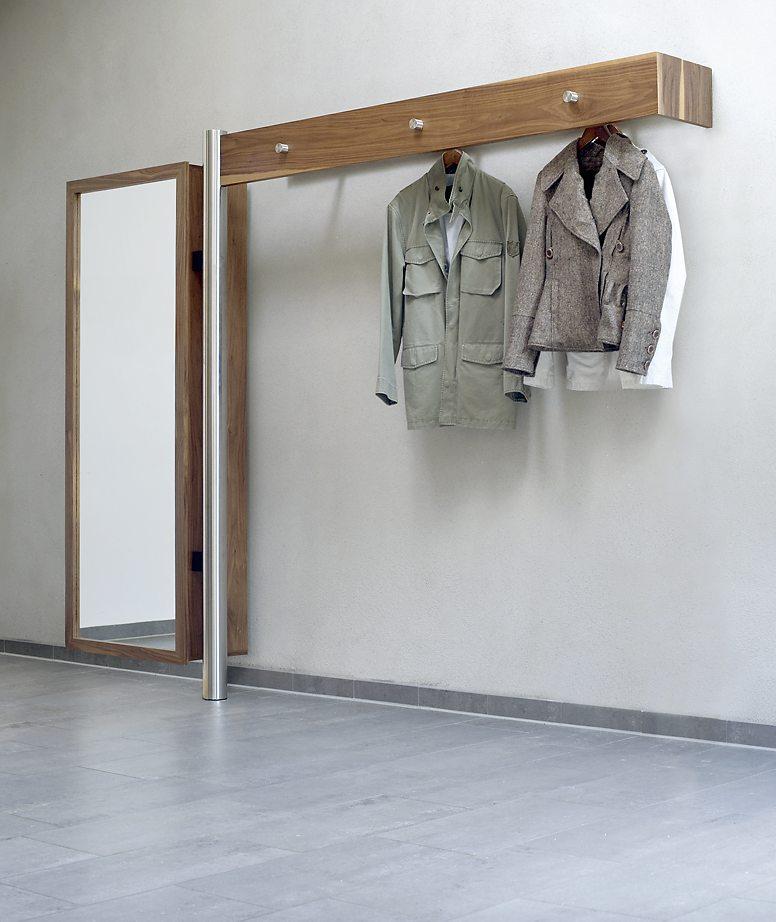 moderne und sehr hochwertige edelstahl massivholz wandgarderobe mit einem eleganten. Black Bedroom Furniture Sets. Home Design Ideas